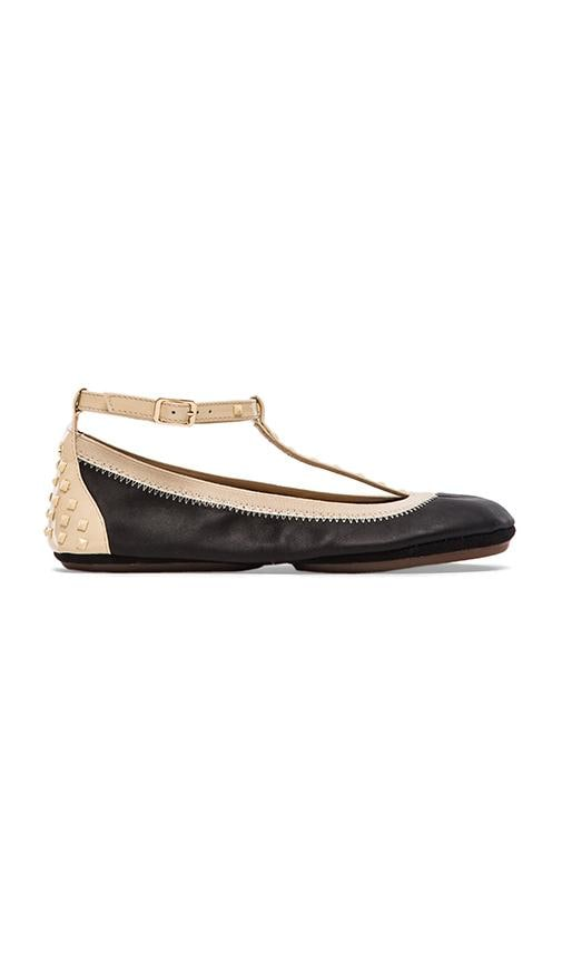 Erica Soft Leather Strap Flat