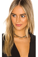 8 Other Reasons Main Attraction Choker in Gold