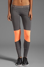 Run Perf Tight Legging in Sharp Grey