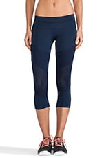 Run 3-4 Tight Legging in Indigo