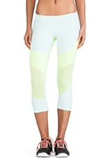 Run 3-4 Tight Legging in Fresh Aqua & Ultra Glow
