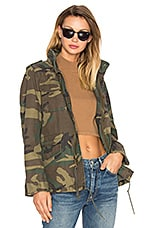ALPHA INDUSTRIES M-65 Defender W Parka in Woodland Camo