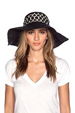 CHAPEAU PLAYA CROCHET
