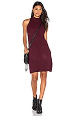 Scarlett Ribbed Sweater Dress en Bordeaux