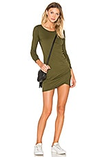 Supreme Jersey Long Sleeve Ruched Mini Dress en Chartreuse