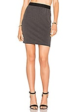Stretch Twill Mini Skirt en Charcoal
