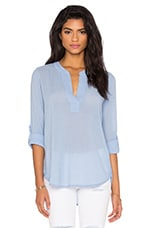 Gauze V Neck 3/4 Sleeve Top en Frozen