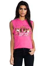 Homies Advisory Muscle Tee en Rose Vif & Or Brillant