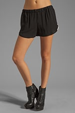 Slouch Vibe Jilopa Short in Black