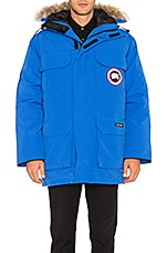 Polar Bears International Expedition Coyote Fur Trim Parka en Royal PBI Blue