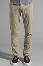 Slim Chino in Sand
