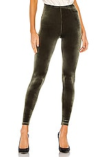 Commando Velvet Legging in Olive