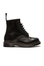 1460 8-Eye Boot in Black