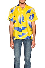 DOUBLE RAINBOUU Hawaiian Shirt in Falling Flying