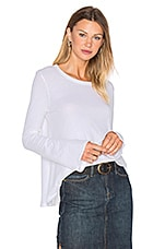Cashmere Bell Sleeve Flare Top en Blanc