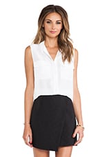 Sleeveless Slim Signature Blouse en Bright White