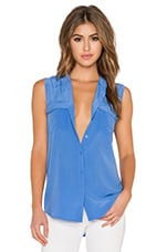 Slim Signature Sleeveless Blouse in Amparo Blue