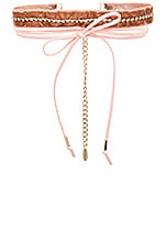 Velvet & Leather Wrap Choker en Rose