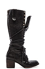 Grany Boot in Black