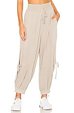 Free People Movement Goldie Pant in Mushroom