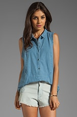 Linen Sleeveless Shirt in Chambray Blue