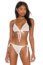 Hanky Panky Peek-a-Boo Lace Tie Front Bralette in Light Ivory