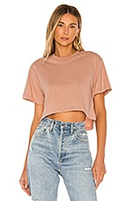 x karla The Crop Tee in Pink