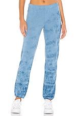MONROW Elastic Waist River Tie Dye Sweats in Vintage Blue