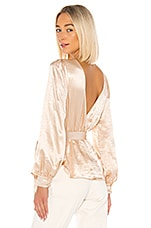 House of Harlow 1960 x REVOLVE Aluna Blouse in Champagne