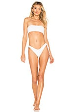 In Your Arms Nue Bikini Set in Blanc