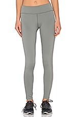 Yosemite Side Stripe Yoga Pant en Silverfox