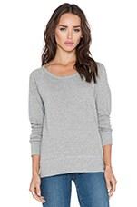 Classic Raglan Sweatshirt in Heather Grey
