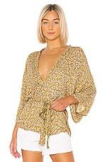 Jen's Pirate Booty Crowne Kimono in Ditsy Gold