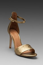 Jaclyn Sandal in Gold