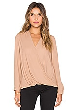 Surplice Long Sleeve Blouse en Camel