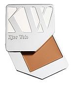 Kjaer Weis Cream Foundation in Velvety