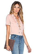 The Safari Blouse en Blush