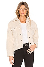 LEVI'S All Over Sherpa Trucker Jacket in Cloud Cream