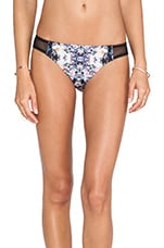 Dizzy Daisy Bottom in Multi