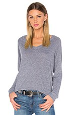 V Neck Raglan Sweatshirt in Heather Grey