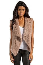 Knitted Rabbit Fur Vest en Nude