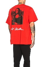 OFF-WHITE Mona Lisa Graphic Tee in Red & Black