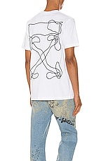OFF-WHITE Abstract Arrows Tee in White & Black
