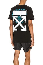 OFF-WHITE Dripping Arrows Slim Tee in Black & White