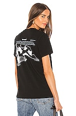 OFF-WHITE Arrow Sketch Casual Tee in Black & White