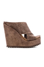 Tibby Wedge in Nut Castoro