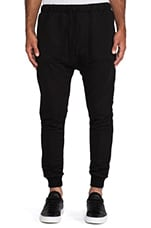 Ricko Pant in Black