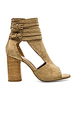 Matty Heel in Tan