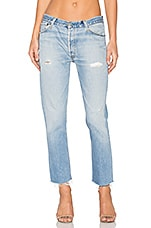 Levis Relaxed Crop in Indigo