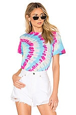RE/DONE X REVOLVE Classic Tee in Side Ray Tie Dye